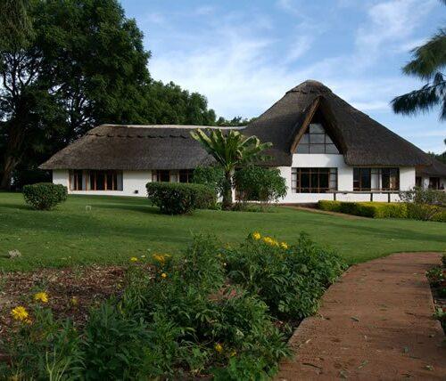 8 Days lodge safari